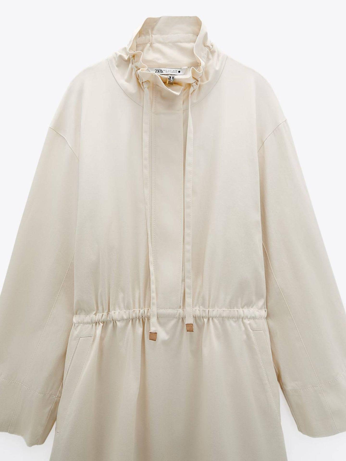 Vestido parka de Zara. (Cortesía)