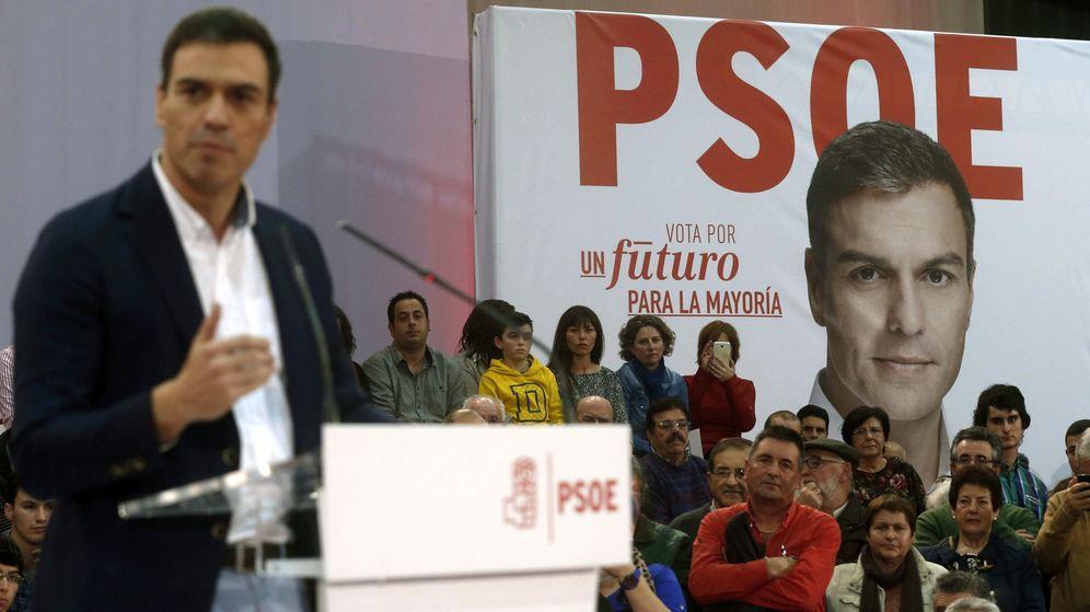 Foto: Pedro Sánchez en un mitin en Gijón (Efe)