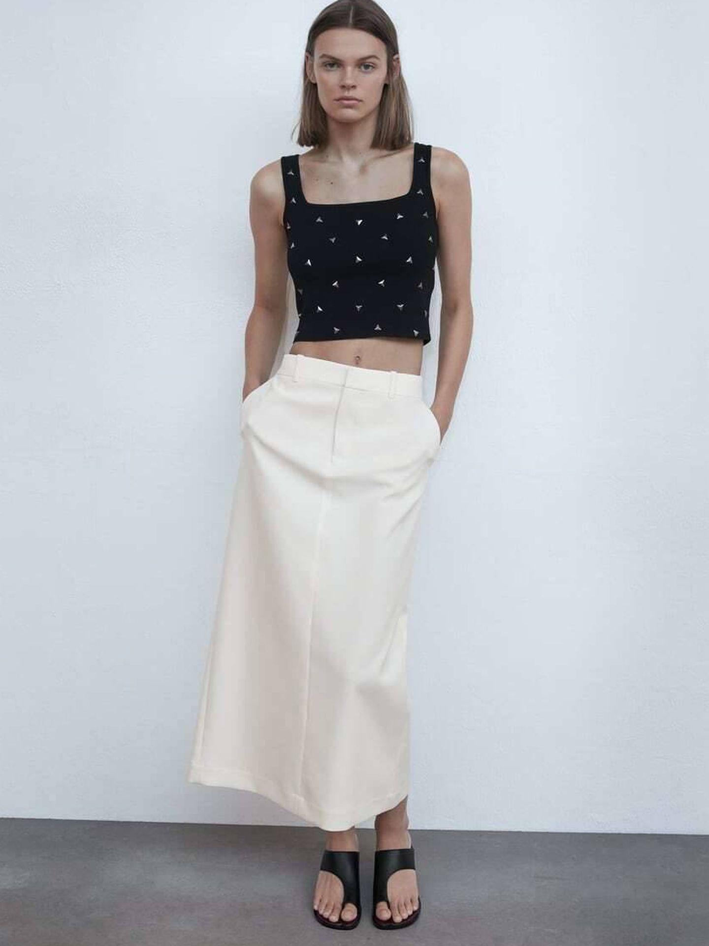 La Vecina Rubia acierta con un top corto de Zara ideal. (Cortesía)