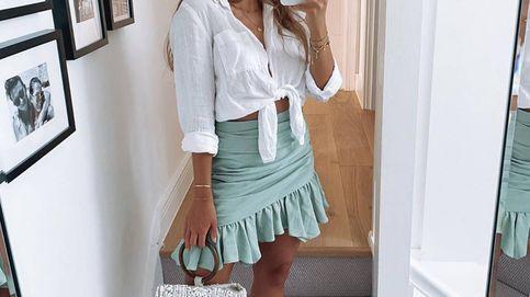 Con esta minifalda mágica de Zara perderás una talla al instante