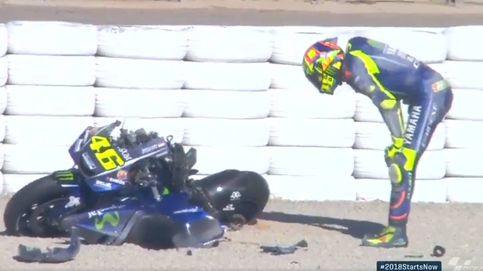 Márquez 'entrena' otra salvada y Rossi protagoniza el primer susto de 2018