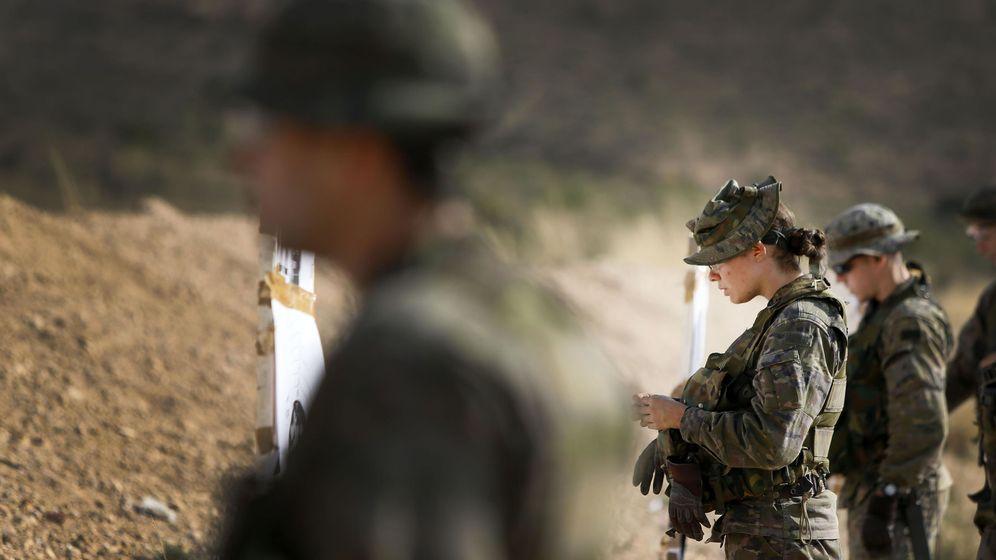 Foto: Varios militares del Ejército español. (EFE)
