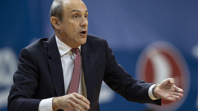 Ettore Messina, durante un partido de Euroliga este mes de diciembre. (Efe)