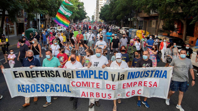 Protesta convocada en Cádiz por el comité de Airbus Puerto Real. (EFE/Román Ríos)