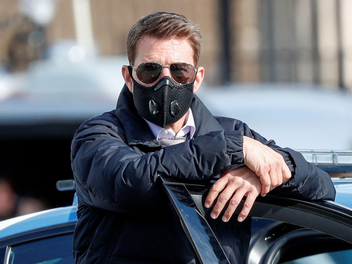 Foto: Tom Cruise tenía su BMW X7 a las puertas del hotel donde se alojaba (Reuters/Guglielmo Mangiapane)