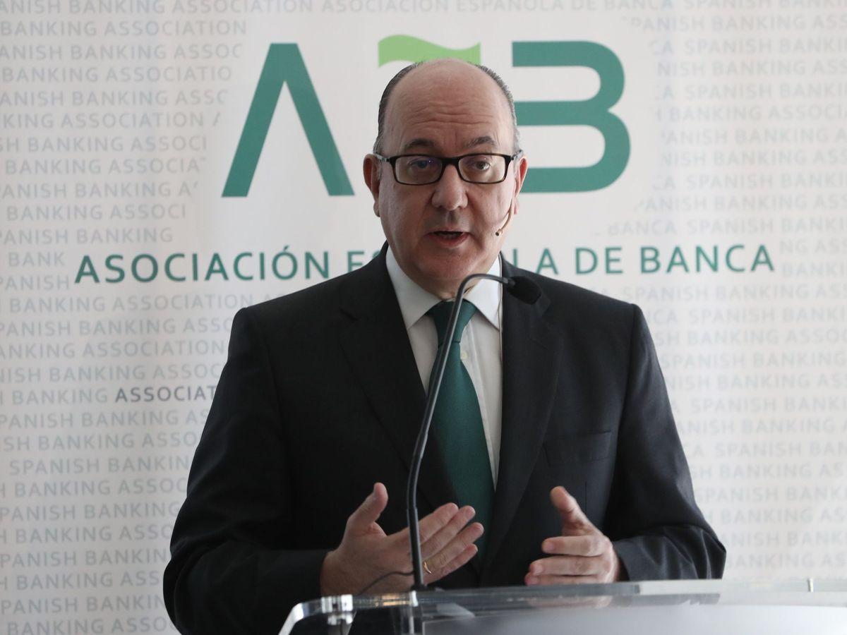 Foto: El presidente de la Asociación Española de Banca (AEB), José María Roldán