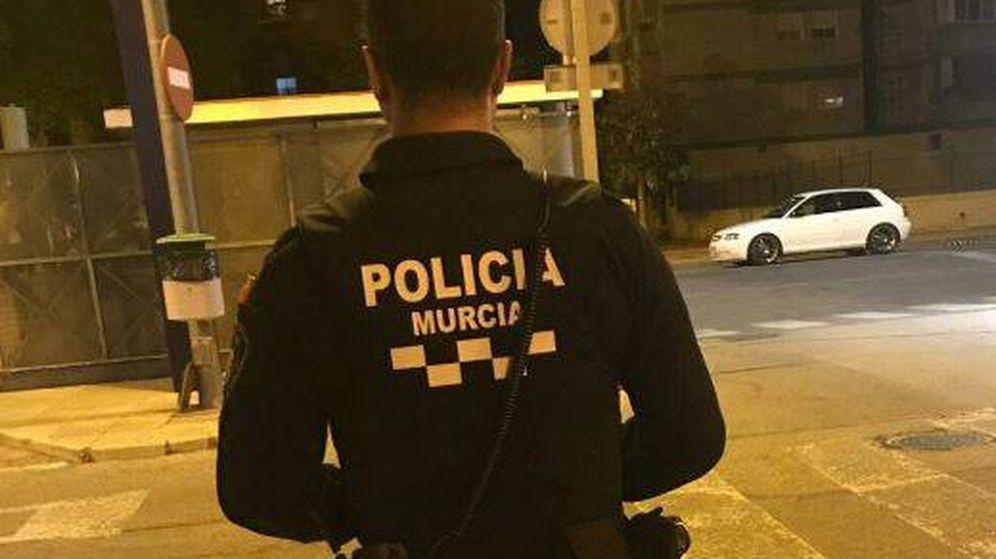 Foto: Detenido por presunta agresión a su pareja en Murcia (@MurciaPolicia)