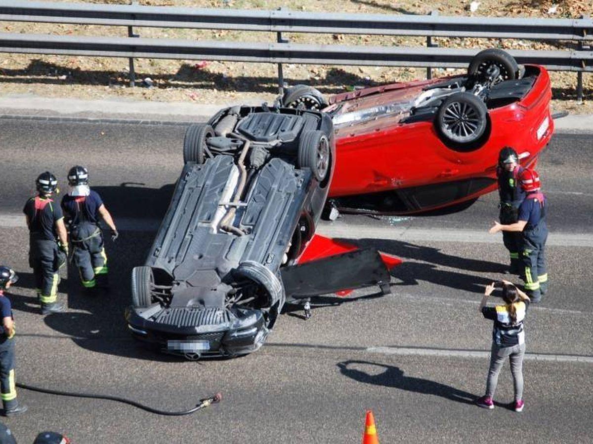 Foto: Los accidentes con víctimas a veces conllevan que el trasladado al hospital no pueda hacer los trámites por desconocer los datos de la parte contraria. (EFE)