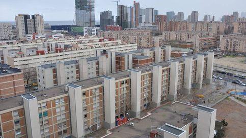 Clanes gitanos ocupan 40 pisos públicos en el barrio de La Mina, el 'Bronx' de Barcelona