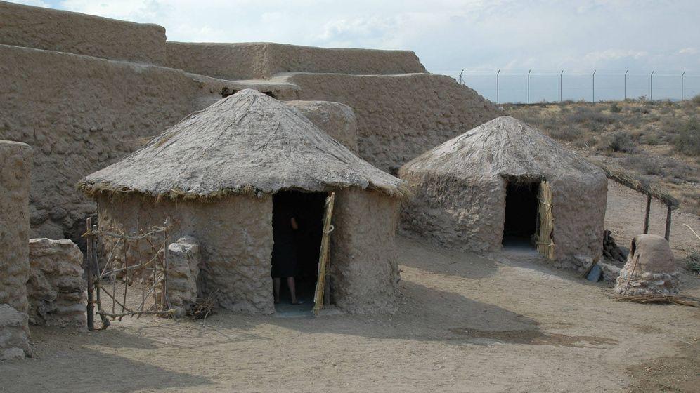Foto: Cabañas reconstruidas en la zona interpretativa de Los Millares. (CC/Eamand)