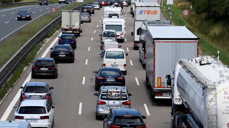 Camiones cerca de Roth, Alemania (Reuters)