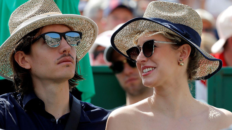 Con su novio, Ian, en un partido de tenis. (Reuters)