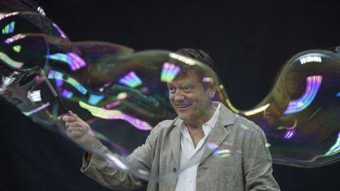 Un artista catalán dedica un espectáculo infantil en Galicia a políticos separatistas