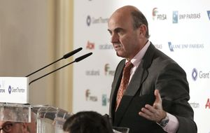 Guindos, eufórico: No es descabellado que España crezca un 3%