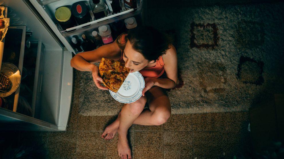 Los alimentos que debes evitar por la noche (y cuáles tomar)