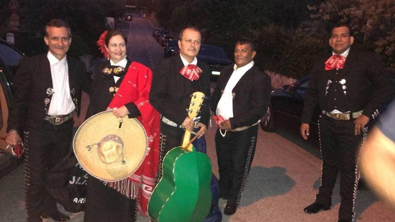 Grupo de mariachis que aderezó la tercera boda de Cebrián. (Vanitatis)