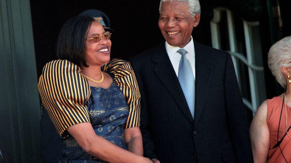Cinco años sin Mandela: la guerrillera que le robó el corazón a los 80