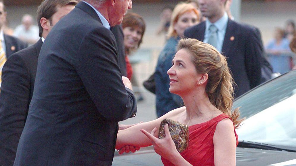 Foto: Don Juan Carlos junto a su hija, la infanta Cristina. (EFE)