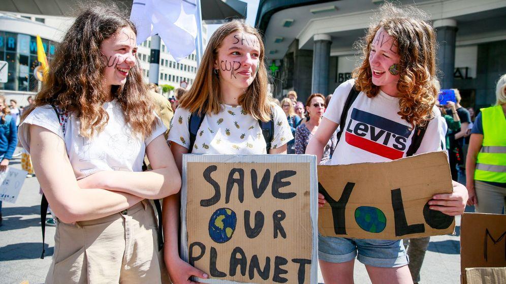 Foto: Estudiantes piden medidas para frenar el cambio climático. (EFE)