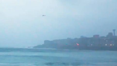 Salen en moto de agua a grabar olas de 9 metros y obligan a desplegar operativo