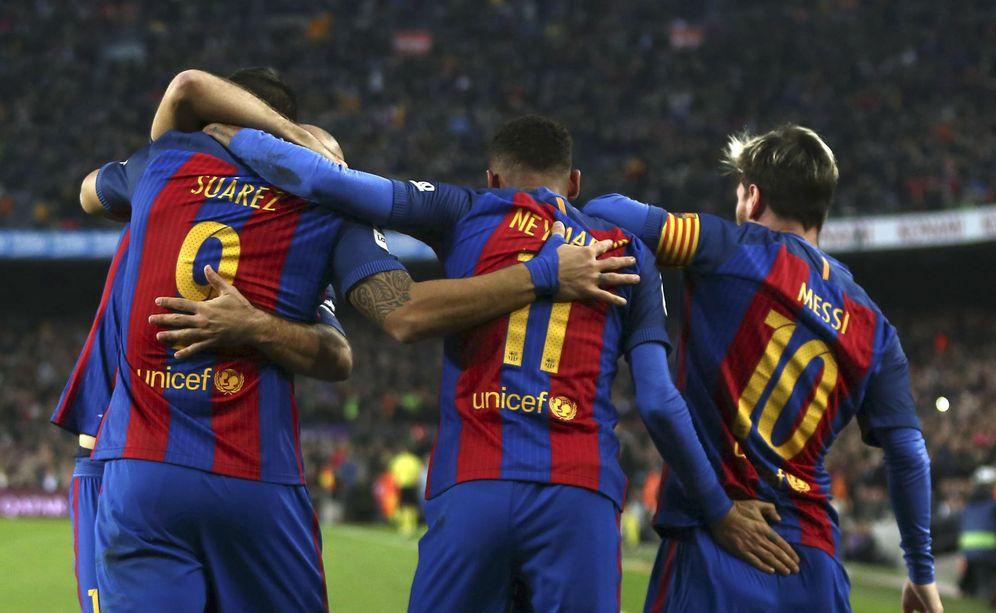 Foto: En la imagen, Messi, Luis Suárez y Neymar celebran un gol. (EFE)