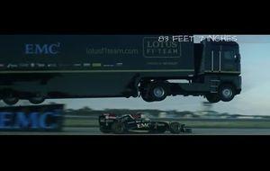 Y un camión voló sobre un F1