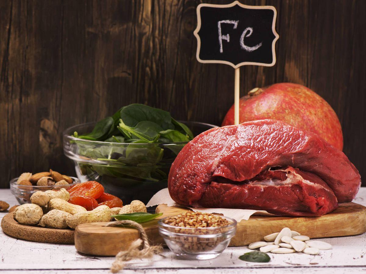 Foto: Alimentos ricos en hierro. (iStock)
