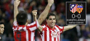 Foto: Agonía y polémica... el Atlético está en semis y Torres en casa