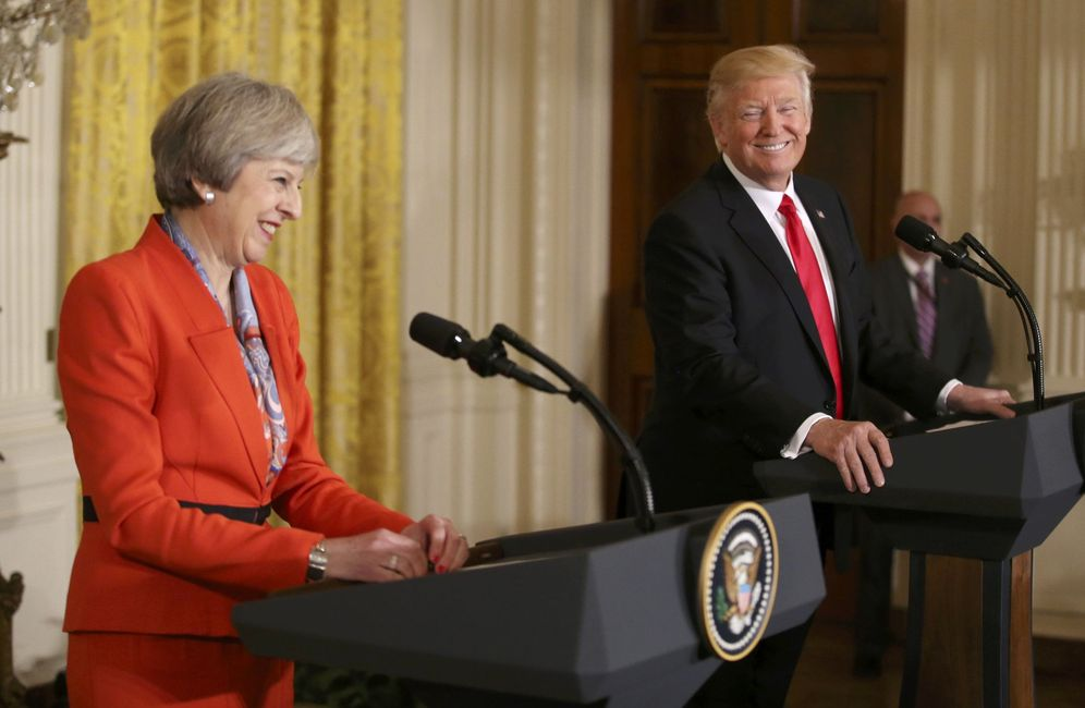 Foto: El presidente de EEUU, Donald Trump, junto a la primera ministra británica, Theresa May, en la Casa Blanca, Washington (Reuters).