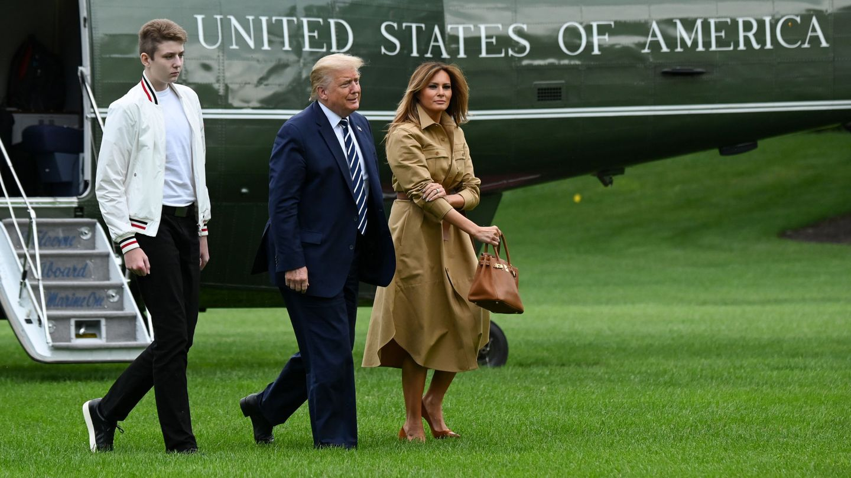 Donald Trump, Melania Trump y Barron. (Reuters)