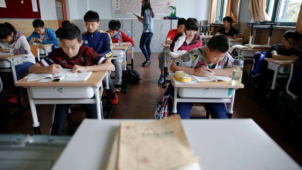Foto: La escuela china se basa en tomar apuntes y repetir la lección. (Reuters)