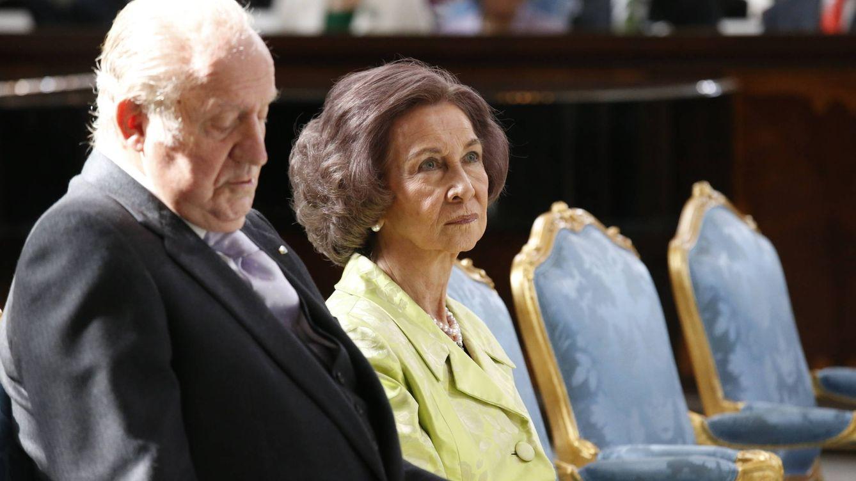 Los Reyes eméritos celebran su aniversario de boda más 'separados' que nunca