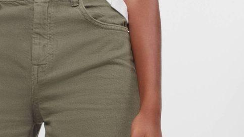 Ningún otro pantalón te hará las piernas tan largas como este de Bershka