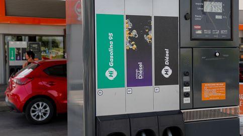 Operación salida: por qué gastarás más en combustible pese al crudo más barato