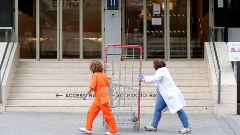 Madrid medicaliza dos hoteles y moviliza a miles de médicos sin el MIR por el virus