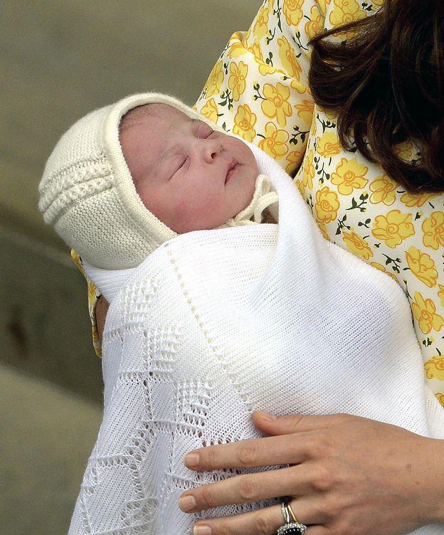 Foto: La pequeña Charlotte, horas después de haber nacido (Gtres)