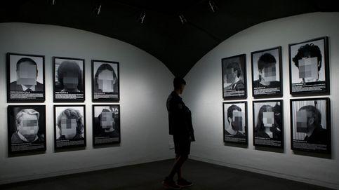La polémica obra de Santiago Sierra sobre los presos políticos vuelve a ARCO