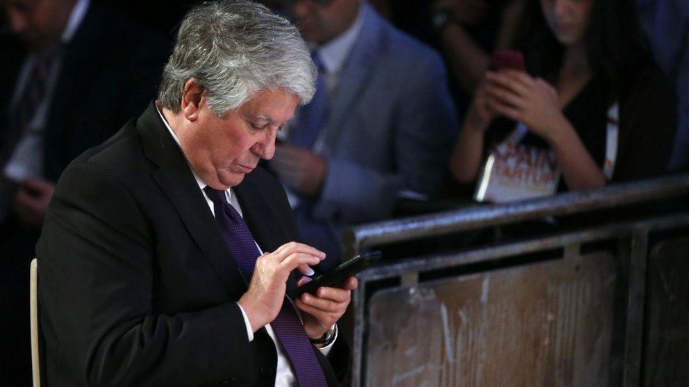Fernández presenta su dimisión como vicepresidente de la CEOE