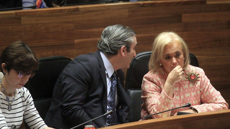 Caos en Asturias: Foro cambia por sorpresa su voto y provoca empate PP y PSOE