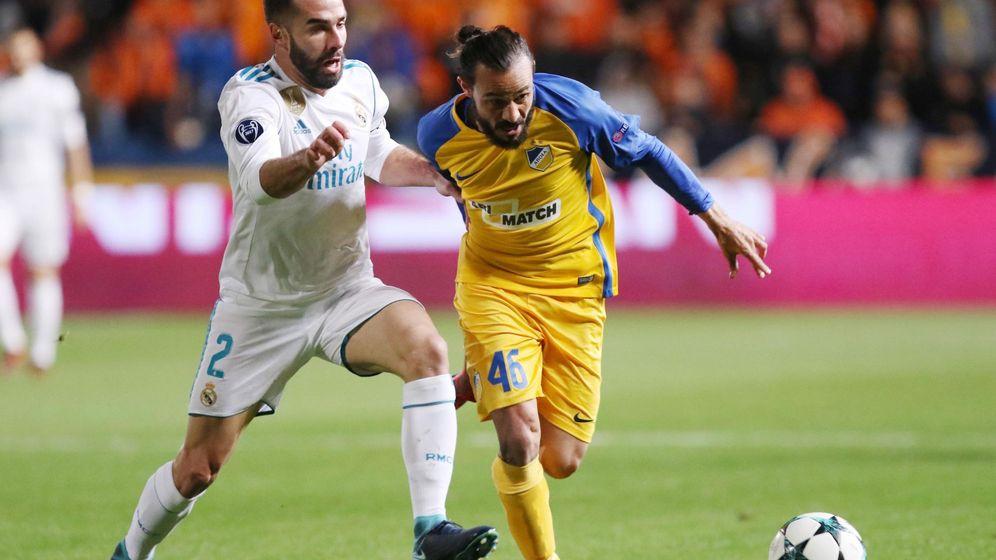 Foto: Dani Carvajal, durante el APOEL-Real Madrid. (EFE)