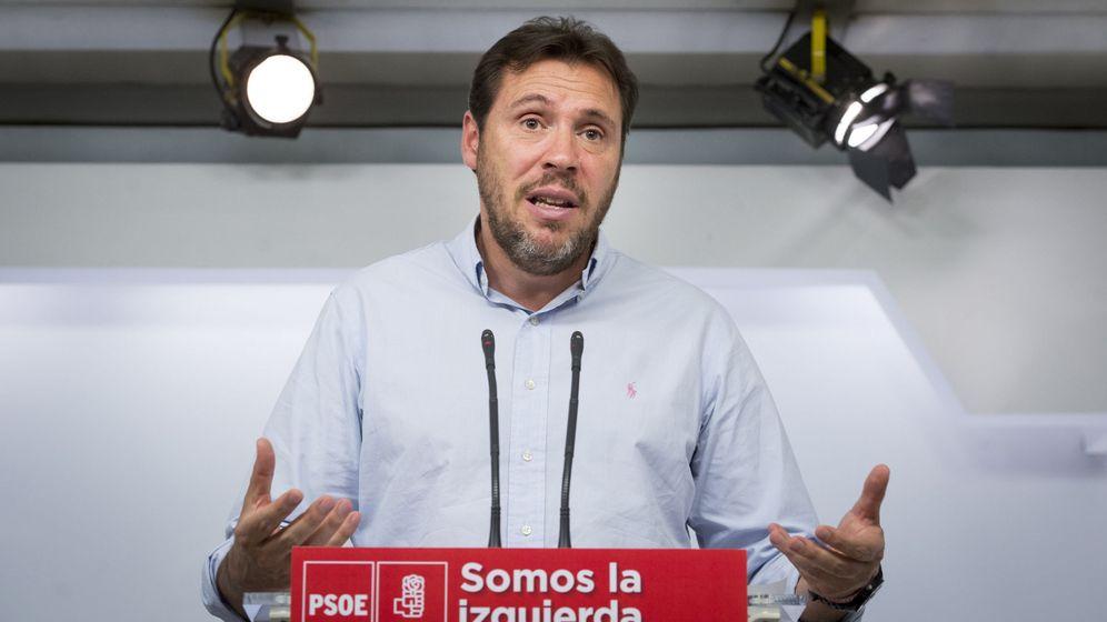 Foto: El portavoz de la ejecutiva federal del PSOE, Óscar Puente. (EFE)