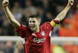 6b3efcd306446 El jugador inglés del Liverpool Steven Gerrard ha comunicado al club su  deseo de abandonar el equipo para jugar el año que viene con otra camiseta.