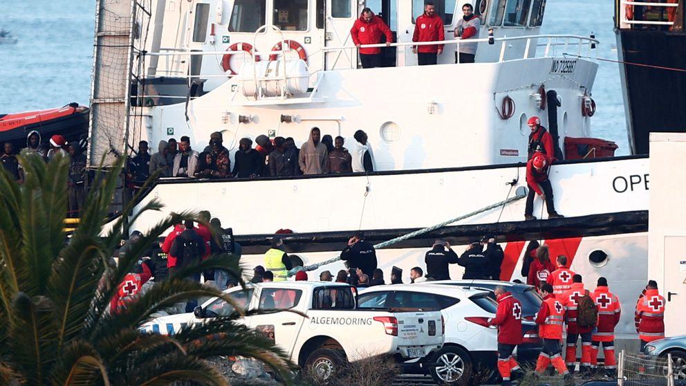El Open Arms llega a Algeciras con más de 300 migrantes a bordo