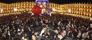 Foto: Grandes movilizaciones juveniles en Europa; en España, botellón navideño