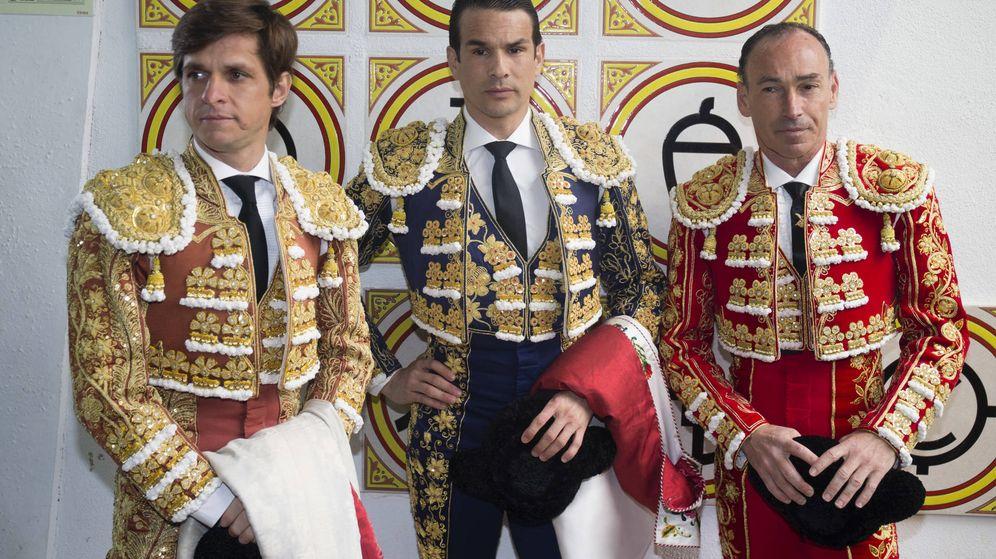 Foto: Pepín Liria, José María Manzanares y el Juli. (Gtres)