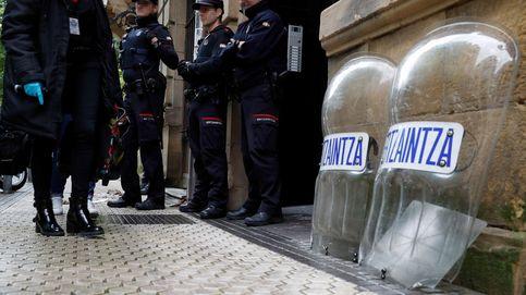 Cuatro detenidos en Bilbao por agredir a unos ertzainas que iban a identificarlos