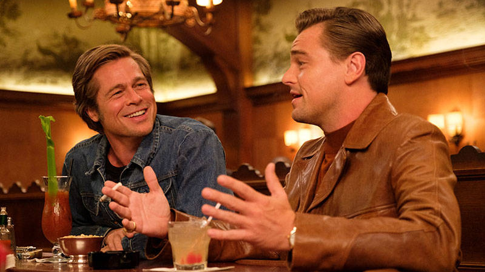 Foto: Brad Pitt y Leonardo Di Caprio en una escena de 'Érase una vez en Hollywood'. (Sony Pictures)
