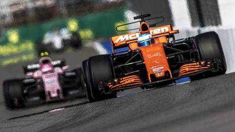 Increíble: Alonso no suelta la presa de Honda ni la del pobre Vandoorne