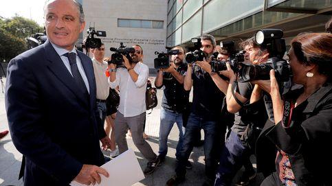 La Fiscalía pide dos años y medio a Camps por facilitar a la Gürtel contratos ilícitos