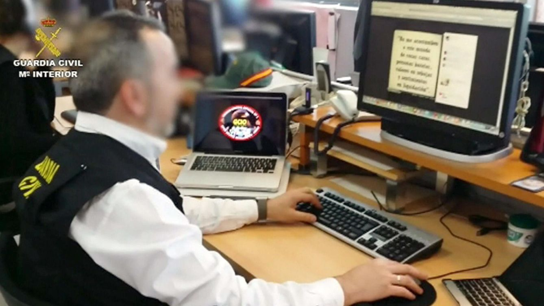 El increíble zasca de la Guardia Civil a un usuario que la faltó al respeto en Twitter
